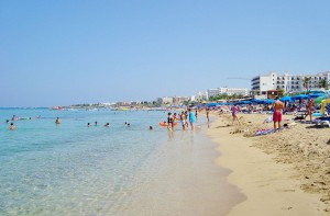 protaras_tropical_famous_beach_at_paralimni_holiday_destination_in_republic_of_cyprus